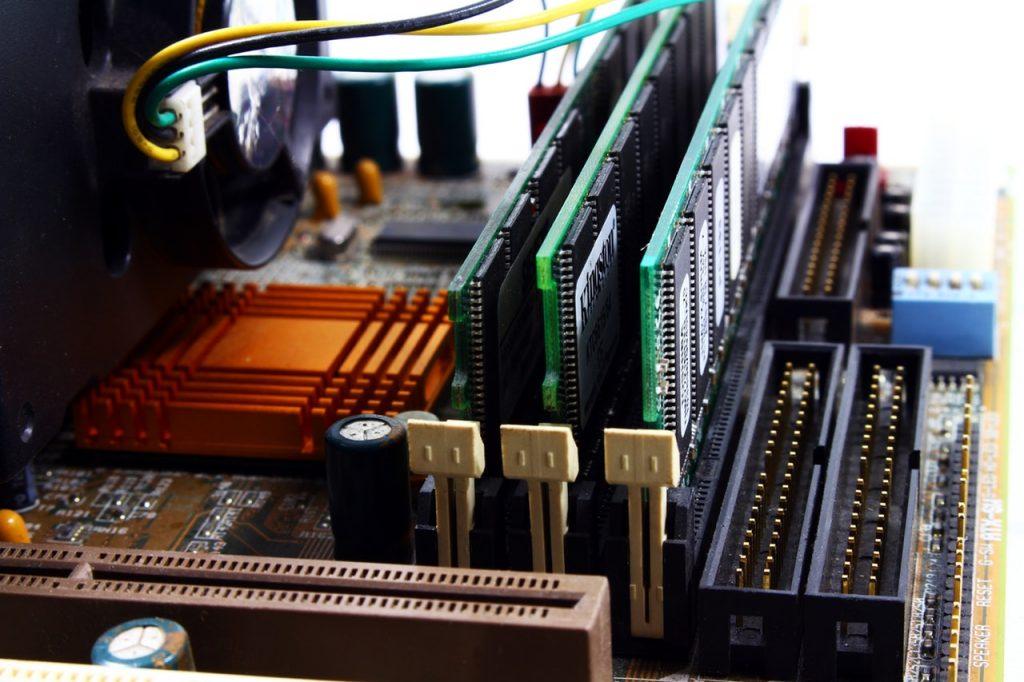 2 Things You Must Know Before Choosing a GPU